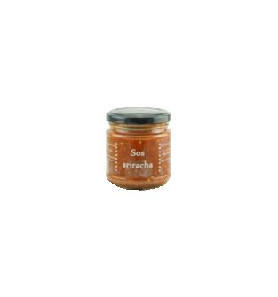 Domowy ostry sos sriracha.